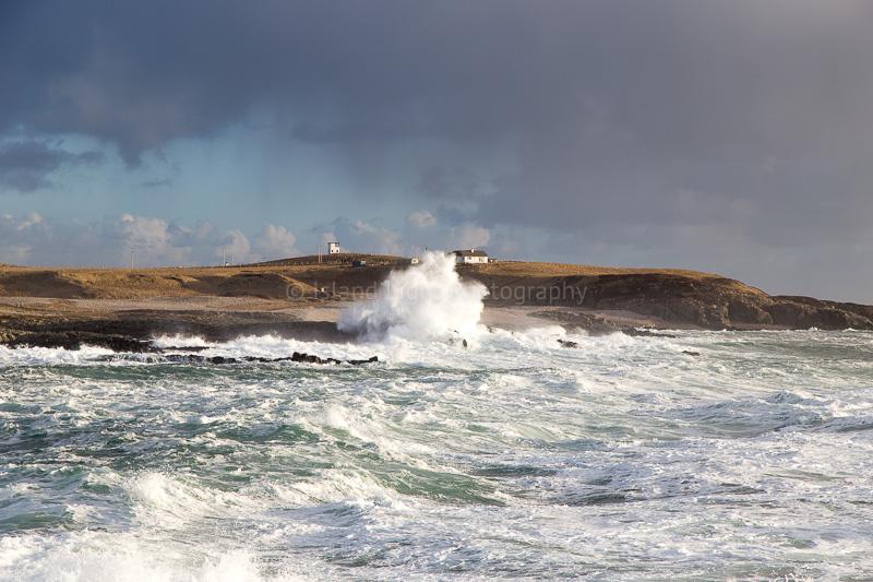 stormy-seas-claddach-islay