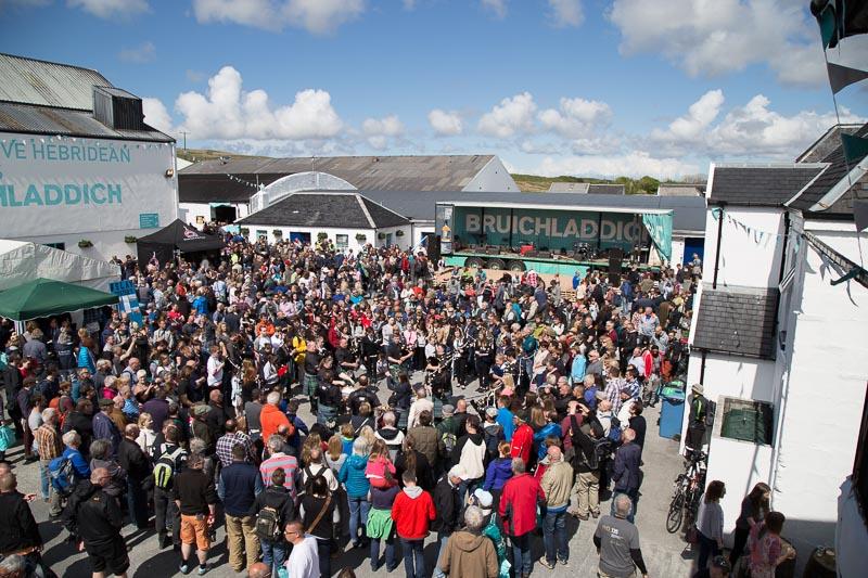 bruichladdich-distillery-islay-festival