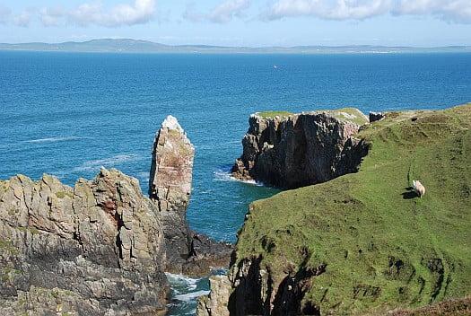 The Cliffs around the Soldier's rock